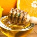 Cremă modelatoare pentru masaj cu miere
