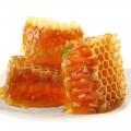 Cremă modelatoare pentru talie subțire cu ceară de albine